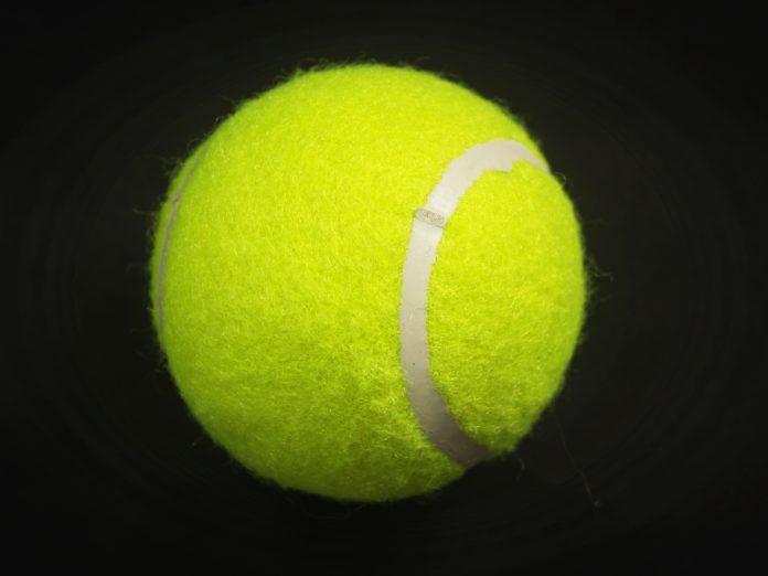 Tennis,