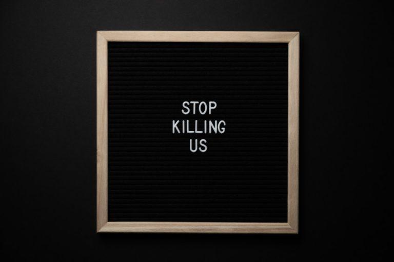 """Les """"non essentiels"""", sacrifiés par Vandenbroucke sur l'autel de la terreur"""